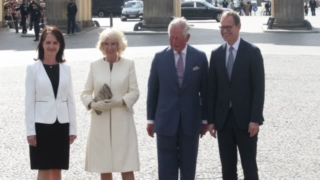 claudia mueller , camilla, duchess of cornwall, prince charles, prince of wales and berlin mayor michael mueller stand in front of the brandenburg... - request stock videos & royalty-free footage