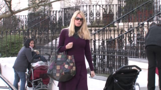 Claudia Schiffer leaves her son's school after dropping him off WEST LONDON at the Celebrity Video Sightings in London at London England