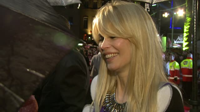 claudia schiffer on her cravings whilst pregnant on the film at the kickass uk premiere at london england - kick ass film title stock videos & royalty-free footage