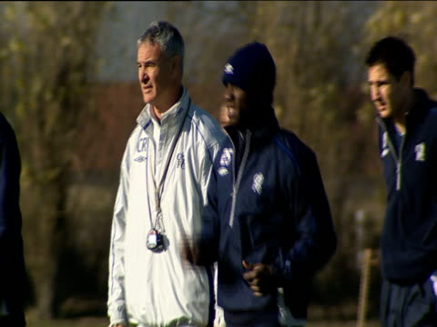 claudio ranieri coaches players during chelsea fc training session london 07 nov 03 - chelsea f.c stock videos & royalty-free footage