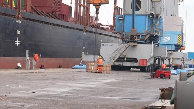 GBR: Cargo ships at Portsmouth International Port