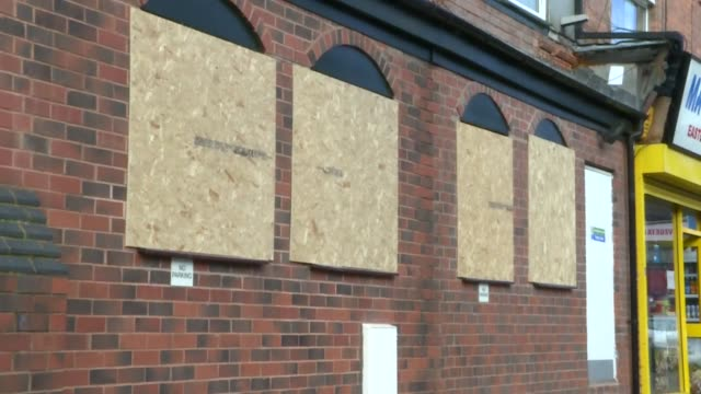 exterior views of a damaged and vandalised mosque in slade road, erdington including boarded up windows on 21 march 2019 in birmingham, united... - 公共物破壊点の映像素材/bロール