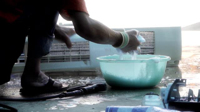 スローモーション洗浄空気 - 丸くなる点の映像素材/bロール