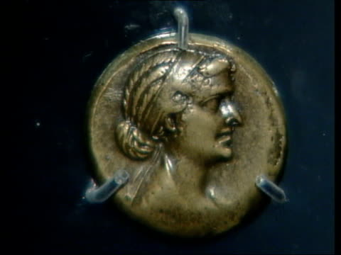 cleopatra exhibition walker interview sot no evidence that she was short fat and ugly / some coins portray her as ugly but we have coins which show... - cleopatra stock videos & royalty-free footage