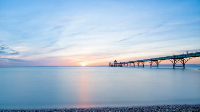 clevedon pier - tide stock videos & royalty-free footage