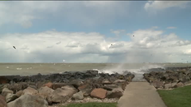 wjw cleveland oh us empty promenades along lake eerie during covid19 pandemic on tuesday april 21 2020 - horizon over water stock videos & royalty-free footage