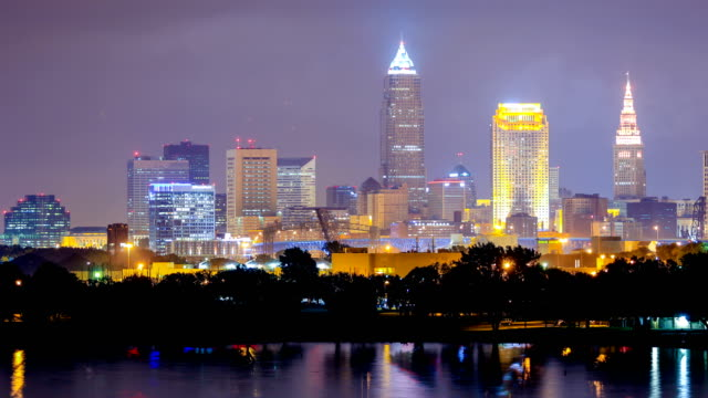 cleveland, ohio skyline - cleveland ohio stock videos & royalty-free footage