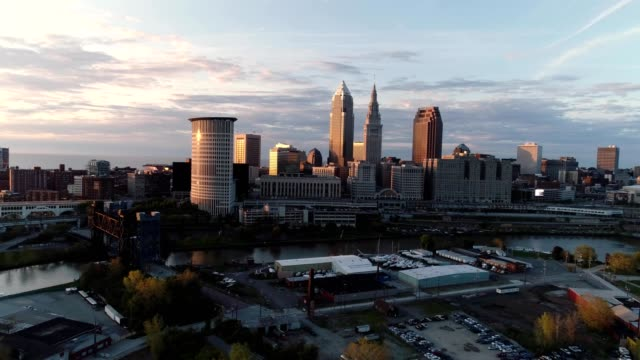 cleveland skyline at sunset ohio - cleveland ohio stock videos and b-roll footage