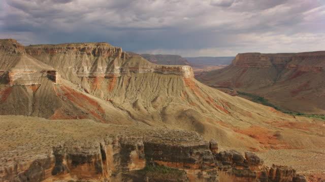 flyg klippor på södra kanten av grand canyon - grand canyon national park bildbanksvideor och videomaterial från bakom kulisserna