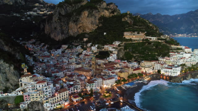 cliffside houses and harbour, amalfi, amalfi coast, italy - jachthafen stock-videos und b-roll-filmmaterial