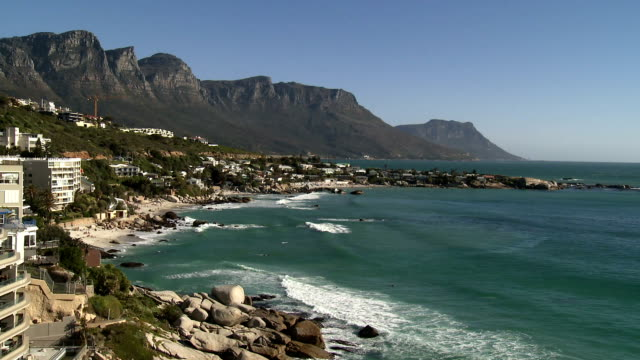 WS Clifton Beach and Twelve Apostles mountains, Cape Town, Western Cape Province, South Africa