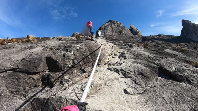 climbing mount kinabalu. - rope stock videos & royalty-free footage