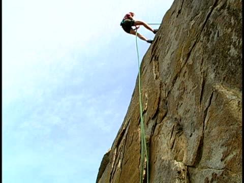 climbing - フリークライミング点の映像素材/bロール