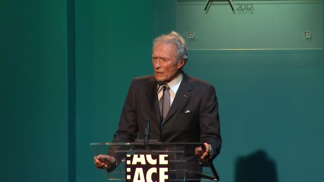 clint eastwood at 62nd annual ace eddie awards on 2/18/12 in los angeles, ca - クリント・イーストウッド点の映像素材/bロール