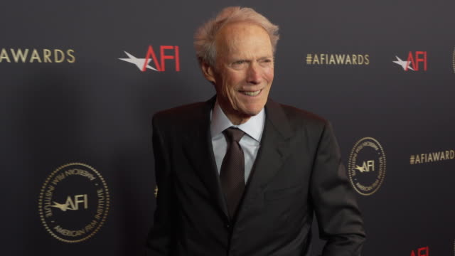 clint eastwood at the 20th annual afi awards at four seasons hotel los angeles at beverly hills on january 03, 2020 in los angeles, california. - クリント・イーストウッド点の映像素材/bロール