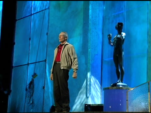 stockvideo's en b-roll-footage met clint eastwood rehearsing at the 2005 screen actors guild sag awards rehearsals at the shrine auditorium in los angeles california on february 4 2005 - screen actors guild awards
