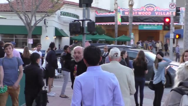 vidéos et rushes de clint howard rance howard outside the genius premiere at fox bruin theater in westwood in celebrity sightings in los angeles - bruin theater