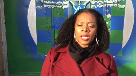 vidéos et rushes de introduction with shalon miller, a resource teacher at detroit public high school cody medicine and community health clip 2: talks about poor... - délabré