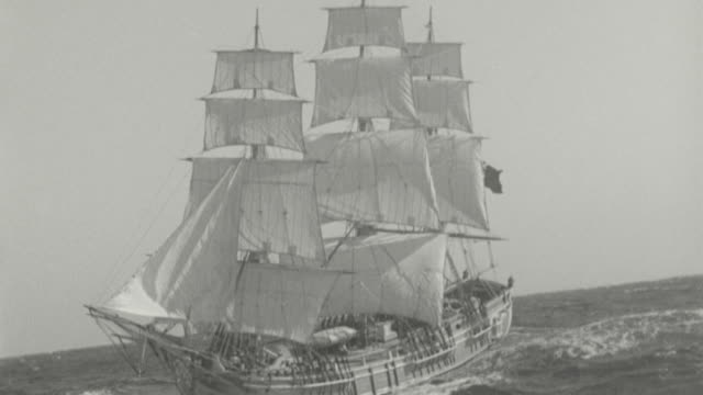 B/W clipper ship sailing on ocean / Mutiny on the Bounty (1935)