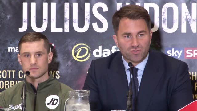 vídeos de stock e filmes b-roll de clips from the boxing press conference with promoter eddie hearn and julian indongo. scottish boxer ricky burns is taking on indongo in a unification... - lightweight