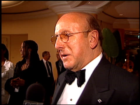 clive davis at the arista records grammy awards party at the beverly hilton in beverly hills california on february 27 1996 - 1996年点の映像素材/bロール