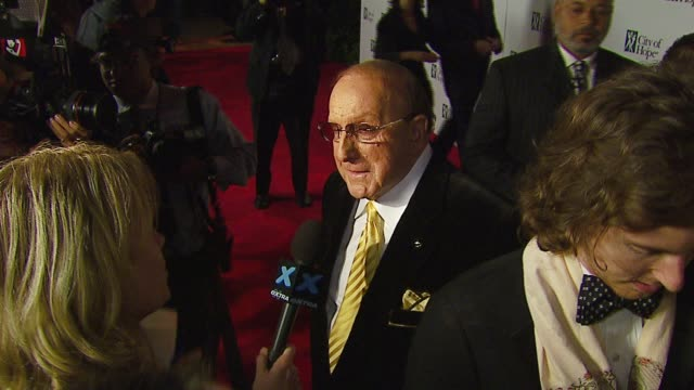 clive davis at the bmg us president charles goldstuck honored at the city of hope's spirit of life award gala at pacific design center in west... - pacific design center stock videos & royalty-free footage