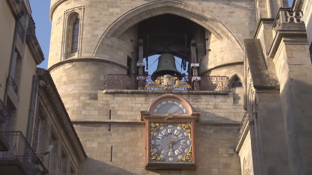 clock and bell of gothic gate - Grosse Cloche - Porte Saint Eloi