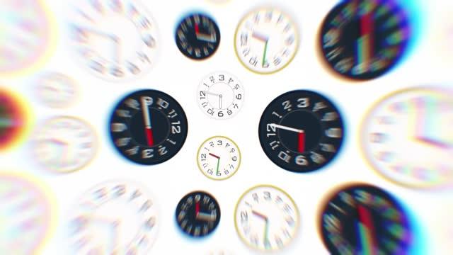 uhr zeitraffer und bewegte schnelle animation, verschiedene uhren drehen, drehen, drehen zusammen.  die konzepte von geschwindigkeit, termin, aufwachen, stress, stunde, körperlicher druck, geschäft, zeit, geschwindigkeit, countdown, wanduhr - frist stock-videos und b-roll-filmmaterial