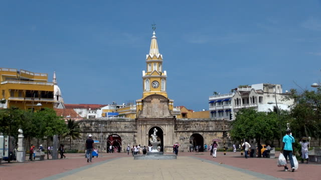 clock tower - cartagena, colombia - reloj stock videos & royalty-free footage