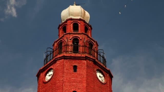 clock tower (medium shot) - osteuropäische kultur stock-videos und b-roll-filmmaterial