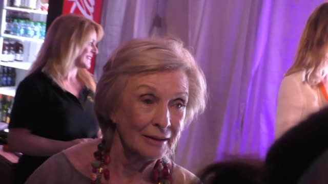 cloris leachman at the premiere of cavalia's odysseo at the white big top in irvine at celebrity sightings in los angeles on february 06, 2016 in los... - irvine verwaltungsbezirk orange county stock-videos und b-roll-filmmaterial