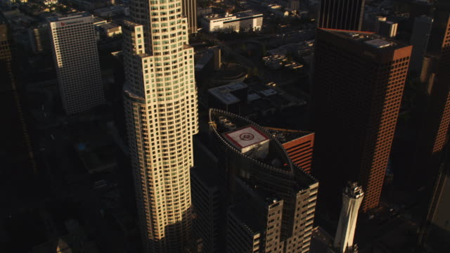close approach and orbit of us bank building, los angeles. shot in october 2010. - skyscraper stock videos & royalty-free footage
