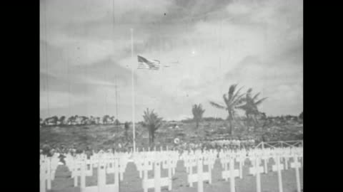 """vídeos de stock e filmes b-roll de close shot of sign saying """"4 div cemetery,"""" grave markers in background / two shots of rows of grave markers with small us flag next to each one /... - corpo de fuzileiros da marinha americana"""