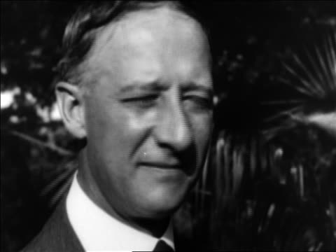 vidéos et rushes de b/w 1928 close up al smith during presidential campaign / documentary - 1928