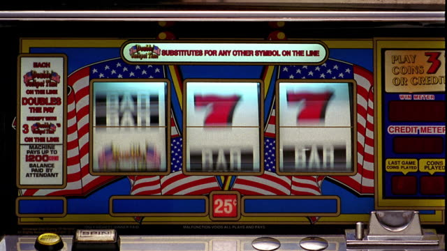"vídeos y material grabado en eventos de stock de close up bars of slot machine landing on all ""bars"" - tragaperras"