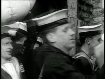 vidéos et rushes de close up british soldiers packing bags into back of truck / israel / documentary - 1948