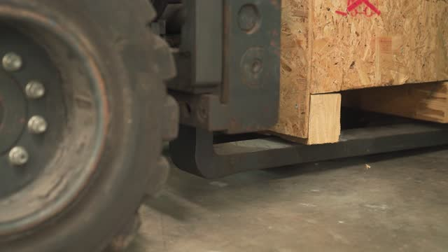 Nahaufnahme Baulagerarbeiten Low Winkel Gabelstapler Entladepalette