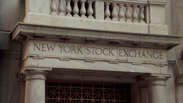 close up facade of new york stock exchange - new york stock exchange stock videos & royalty-free footage