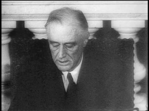 vídeos y material grabado en eventos de stock de close up fdr making speech at desk in last address to congress / capitol bldg / newsreel - only mature men