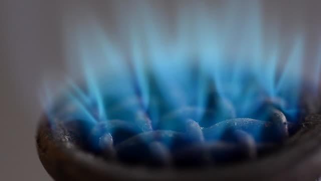 close up flame on bunsen burnners - bunsen burner stock videos & royalty-free footage