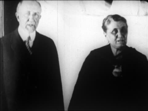B/W 1920 close up Frederick Huntington Gillette standing with Carrie Chapman Catt / newsreel