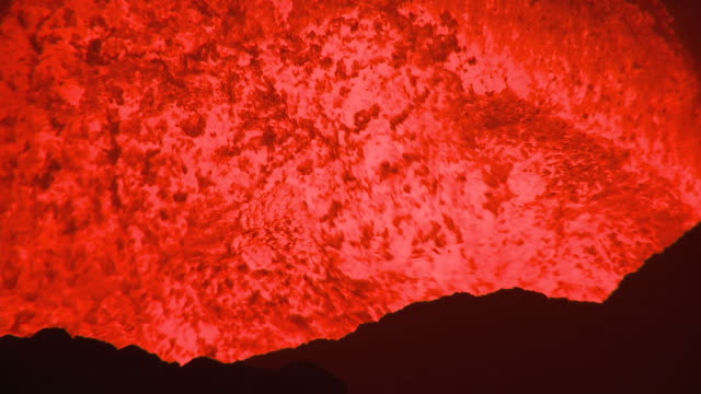 close up large waves of lava erupting from volcano, marum volcano, ambrym island, vanuatu - lava stock videos & royalty-free footage