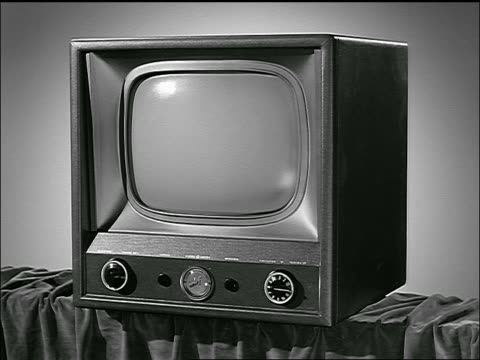 b/w close up of 1953 television with blank screen - blank screen stock videos & royalty-free footage