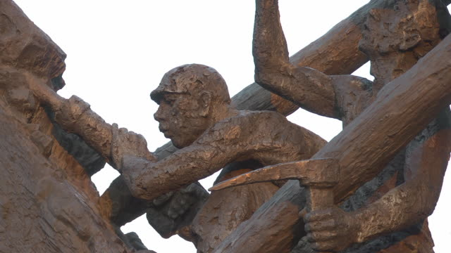 """close up of a pitman at the """"steile lagerung"""" monument - male likeness stock videos & royalty-free footage"""