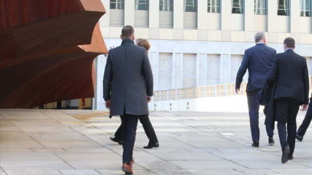 Close up of Angela Merkel in front of the sculpture 'The Monolith' by the artist Stefan Sous German Chancellor Angela Merkel and BND President Bruno...