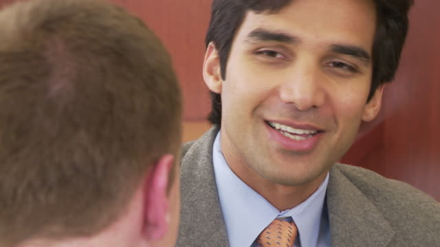 vídeos de stock, filmes e b-roll de close up of business people in conference - speech
