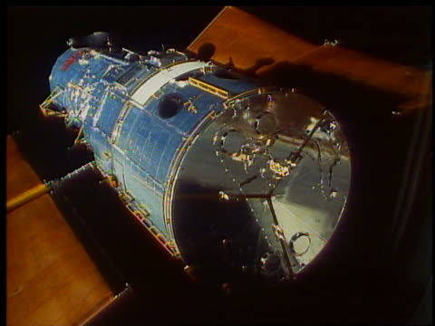 close up of hubble telescope in space / endeavour - hubble space telescope stock videos & royalty-free footage