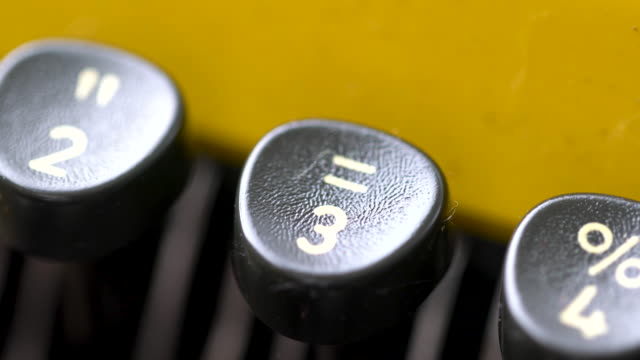 4k close up of letter in retro & vintage style typewriter in studio - number 3 stock videos & royalty-free footage