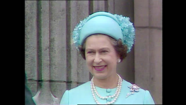 close up of queen elizabeth ii waving from the buckingham palace balcony on the day of the wedding of prince charles and lady diana spencer; 1981. - waving stock videos & royalty-free footage