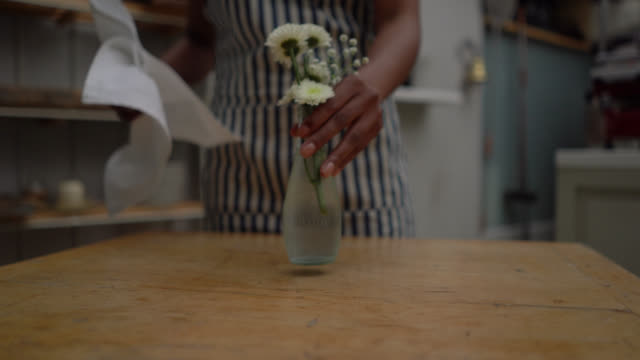 close up of unrecognizable black female waitress cleaning tables - arranging stock videos & royalty-free footage